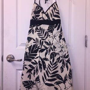 City Triangles Classic Black/Cream Palm Leaf Dress